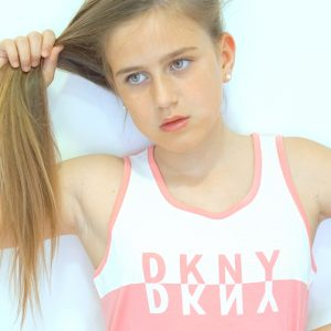 DKNY moda neoyorkina para niñas.
