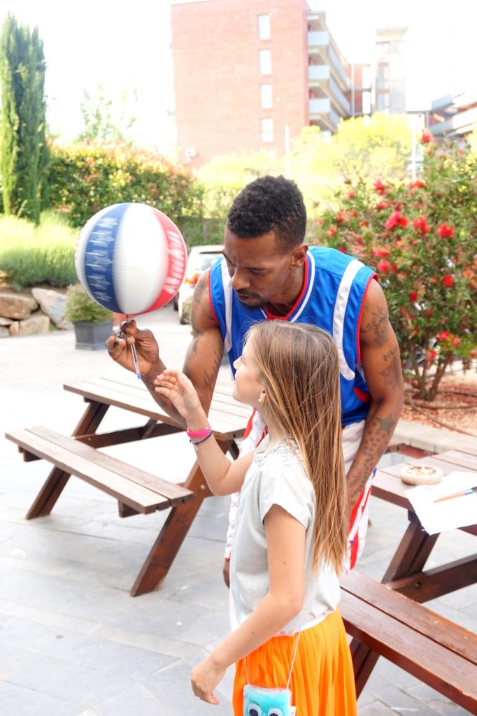 Magic with Harlem Globetrotters -InlovewithKaren