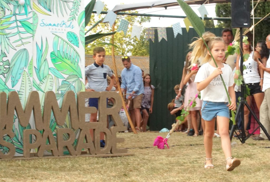 Abril para Carrement Beau en SummerKids Parade16