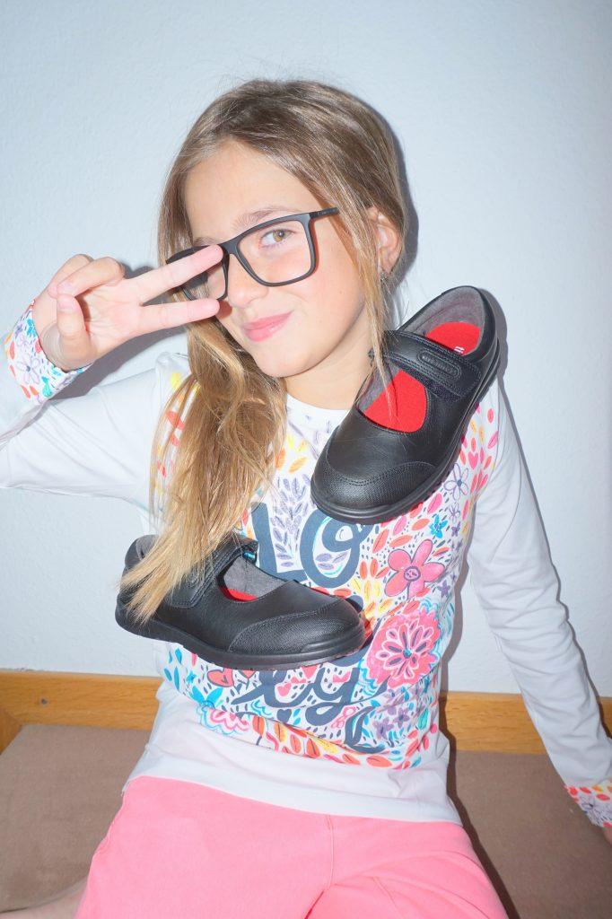 Zapatos colegiales para niña Okaaspain